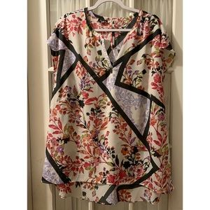 Simply Emma Floral Tunic Hi Low  Top